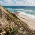 udsigt til strand fra klitter